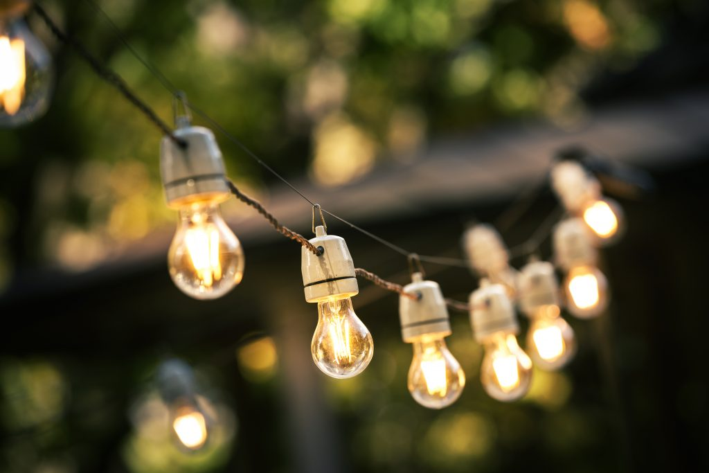 backyard wedding planning lighting ideas
