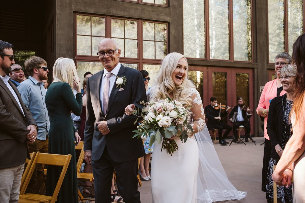 wedding ceremony music playlist for the bride to walk down the aisle
